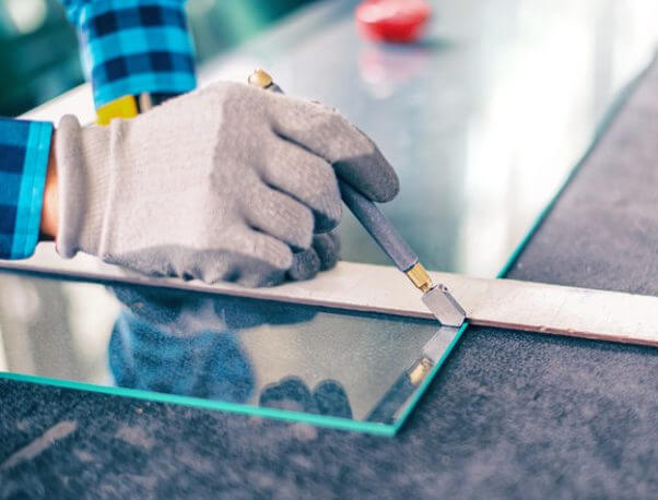 Glass installation - precision cutting